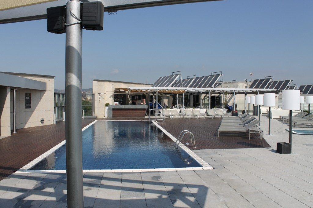 barcelone-pullman_piscine_toit-1024x681